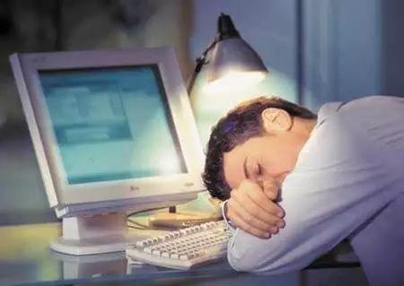 【健康】每天睡眠超8小时是错的?是不是谣言,终于清楚了